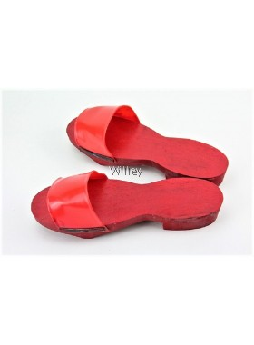 WOODEN RED CLOGS